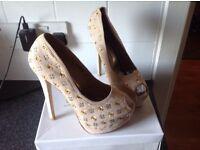 Ladies bnib heels party gift idea size 5 38 Louis Vuitton Lou outing style