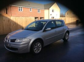 Megane Expression 5 Doors Petrol in good working order nice and clean with M O T and Tax's