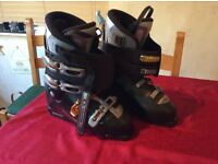 Solomon ski boots. Black. Size 10 - 11