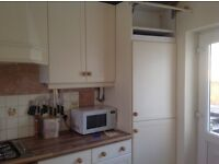Kitchen Wall Unit in Ivory/Cream Finish 1000mm Wide