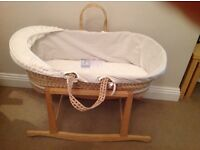 Moses Basket & 10 Fitted Sheets