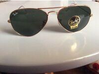 Brand new RAYBAN AVIATOR sunglasses in large