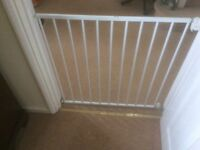 Lindam Safety Gate-white, Wall Fixing