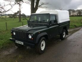 Land Rover Defender 110 TD5 high capacity pickup