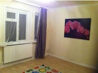 3-Bed House in Southmead front and rear Garden