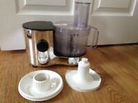Kenwood Food Processor FP120 for spares - working base and bowl - as new but missing slicer