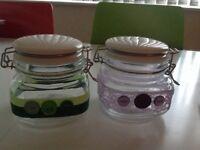 Kilner jars with ceramic lids.