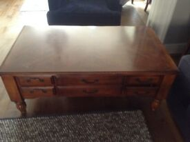 Coffee table in a good condition. Purchased at the Furniture Village.
