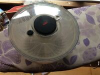 Oxo large salad spinner excellent condition