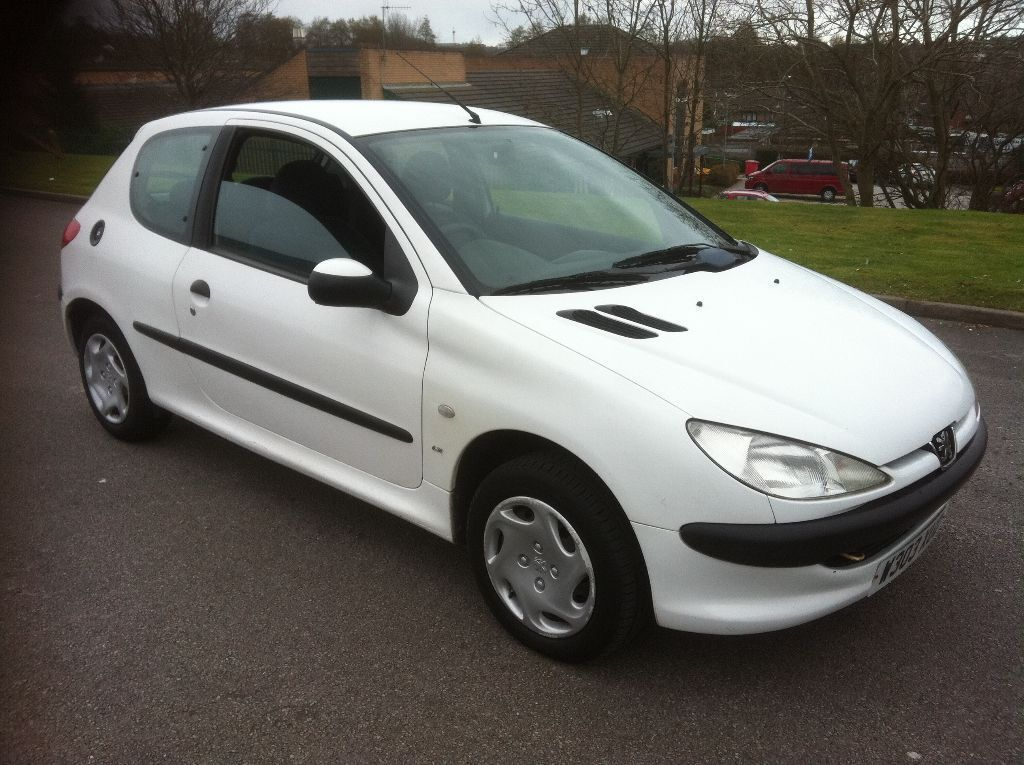 peugeot 206 1 9 diesel white 2000 in stoke on trent. Black Bedroom Furniture Sets. Home Design Ideas