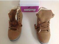 Camel colour ankle boots, size 39