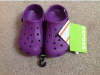 Brand new with tags purple children / kids Crocs summer beach shoes size 10-11
