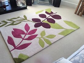 Dunelm rug and matching cushions - nearly new