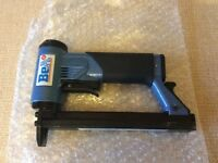 BEA 71/16-401 Staple Gun BRAND NEW!
