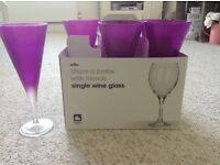 6 Pink wine glasses