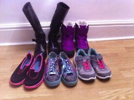 Kids shoe/trainer bundle
