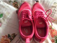 Ladies size 6 pink Nike air max