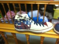MENS SIZE 10 used superman converse