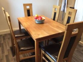 Oak wood table(s) and 6 chairs