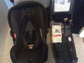 Britax cosy tot premium car seat and isofix 0+