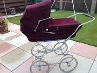 Traditional style soft bodied pram