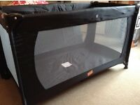 Baby way classic travel cot black with mattress very good condition