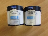 2 x 2.5L tins of Wickes Colour at Home Vinyl Matt paint Colour Putty unopened