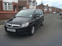 Vauxhall zafira 1.6 life 5dr estate petrol manual 2006 black 1 owner 7 seater full history £1595.