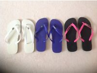 3 pairs of Havaianas mens flip flops, size 9, Unused