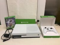 XBOX ONE ITB USED IN EXCELLENT WORKING CONDITION !