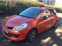 RENAULT CLIO EXPRESSION EXCELLENT FOR NEW DRIVERS VERY CHEAP TO INSURE AND TO FUEL