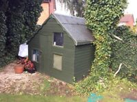 Wendy House / Wooden shed