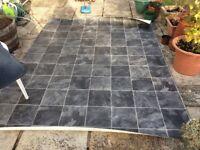 Roll of vinyl flooring 2x 2.6 metre
