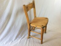 1937 BEAUTIFULLY AGED VINTAGE SOLID ELM CHURCH / SCHOOL CHAIR