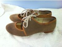 Ladies shoes size 5 limited collection