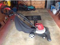 Garden vacuum and blower