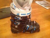 Ladies Head black ski boots size 5.