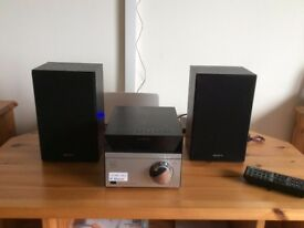 SONY COMPACT MUSIC SYSTEM WITH BLUETOOTH,USB,CD AND RADIO.