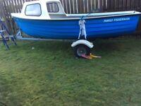 Family fisherman day boat