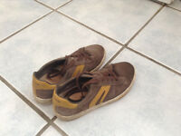Geox leather trainers size 1.5