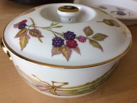 Royal Worcester Evesham oven to tableware 2 pieces