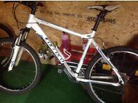 Carreras mountain bike