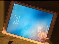 Apple 32gb iPad Air 2 Wifi mint condition