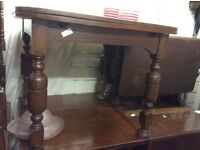 Solid oak vintage dining table