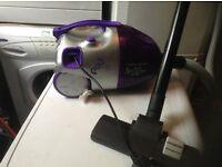 Vacuum cleaner,£10,00