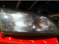 VECTRA B FRONT HEAD LIGHTS