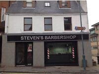 Barber/hairdresser required for busy Barbershop in Kirkintilloch. EXCELLENT RATE OF PAY!!!!!!