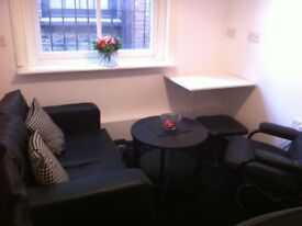 Self contained office / commercial space in Shoreditch, London E2. £400pm (includes all bills)