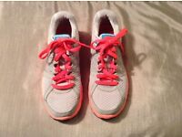 Nike Ladies Trainers UK Size 5 in Excellent Condition. Grey & Orange with Blue Ticks