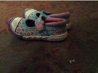 Little girls peppa shoes size 7. Little girls peppa shoes size 7..little girls peppa shies size 7.